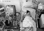Hai mẹ con sản phụ nhiễm COVID-19 cận kề cửa tử được 'tái sinh'