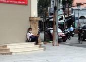 Người bán vé số dạo và lệnh tạm dừng phát hành vé số