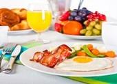 5 mẹo ăn kiêng để có bữa sáng giàu canxi