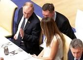 Ông Putin thú nhận từng 'nổ' với bà Melania Trump