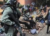Hong Kong: Cảnh sát tiến vào trường Bách khoa
