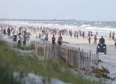 Mỹ: Nhiều bang dần mở cửa, dân biểu tình phản đối đóng cửa