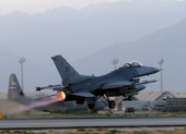 F-16 Mỹ thành mục tiêu đầu tiên của tên lửa S-400 Thổ Nhĩ Kỳ?