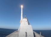 Xem khu trục hạm tàng hình Mỹ lần đầu phóng tên lửa