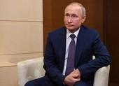 Ông Putin ho nhiều lần khi họp, Nga nói về sức khỏe tổng thống