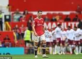 Bruno đá hỏng penalty, MU thua sốc Aston Villa