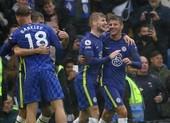 Hai lần bị từ chối bàn thắng, Chelsea thắng kịch tính lên ngôi đầu bảng