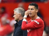 Solskjaer có thể bị MU sa thải vì hành vi với Ronaldo