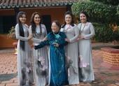 4 chị em Thanh Hằng hát cải lương và làm diễn viên