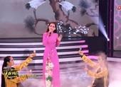 Khánh Tiên lần đầu hát Trở lại Bạc Liêu của Vũ Đức Sao Biển