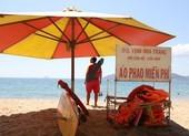 Miễn phí áo phao tắm biển Nha Trang