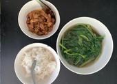 Món thịt ruốc sả đưa cơm ngày giãn cách chống dịch