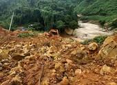Quảng Trị: Sạt lở đất vùi lấp ngôi nhà có 6 người