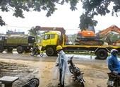 Lực lượng cứu hộ dầm mưa tiếp tục vào Rào Trăng 3