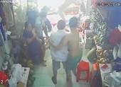 Sự thật vụ 'cả nhà tổ trưởng xông vào đánh người vì tiền trợ cấp' ở Tân Phú
