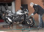 Cách vệ sinh xe máy đúng cách trong mùa dịch COVID-19