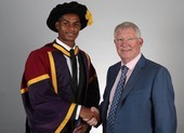 Rashford nhận bằng tiến sĩ danh dự từ ĐH Manchester