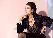 Diễm Trang tung bộ ảnh đầy sắc sảo đón sinh nhật tuổi 28