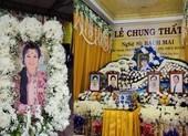 Lễ cầu siêu soạn giả Bạch Mai, nghệ sĩ đau cùng gia tộc Huỳnh Long
