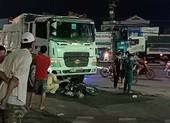 Dân tập trung coi tai nạn bất chấp lệnh cấm tụ tập