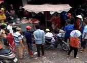 Đánh nhau 'giúp bạn', 2 thanh niên bị đâm gục tại chợ