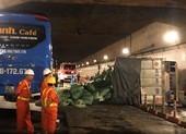 Xe tải bốc cháy, hầm Thủ Thiêm bị phong tỏa