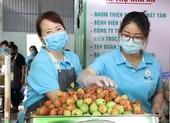 Bếp ăn 0 đồng, xe cứu thương miễn phí và tình người Sài Gòn
