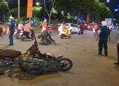 TP.HCM: Tai nạn giữa 3 xe máy, 1 người thiệt mạng