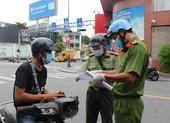 Từ 1-10, Công an Phú Nhuận sẽ kiểm tra ngẫu nhiên người đi đường