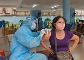 Quận Phú Nhuận hoàn thành cơ bản tiêm vaccine cho người trên 65 tuổi