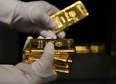 Giá vàng tại Việt Nam diễn biến lạ, mua là lỗ đậm