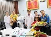 Gia đình nghệ sĩ Lý Hùng tặng BV Chợ Rẫy máy thở 500 triệu