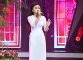 Bé Quỳnh Anh khiến Võ Hạ Trâm cười 'lộn ruột' vì tài diễn hài