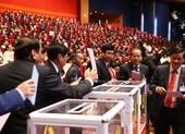 Chùm ảnh các đại biểu bỏ phiếu bầu BCH Trung ương khóa XIII