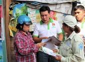 Dân hào hứng với chương trình 'đổi rác lấy quà'