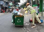 """Tìm giá trị """"kho báu"""" từ rác thải tái chế"""