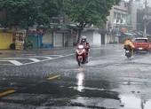 Áp thấp nhiệt đới ảnh hưởng đến thời tiết Nam bộ ra sao?