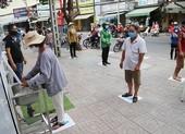 Máy phát gạo tự động: Nghĩa tình qua từng nút bấm