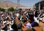 Taliban bao vây thành trì chống đối cuối cùng, kêu gọi đàm phán hòa bình