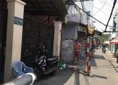Dựng rào cách ly một hẻm ở đường Dương Bá Trạc, quận 8