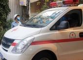 5 người đang cách ly cạy cửa bệnh viện trốn về nhà