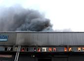 Công an TP.HCM điều tra vụ cháy kho gần sân bay Tân Sơn Nhất