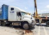Tạm giữ tài xế điều khiển xe đầu kéo bỏ chạy rồi gây tai nạn