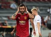 Bị từ chối hai bàn thắng, MU vất vả vào bán kết Europa League