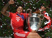 Thiago Alcantara bất ngờ lên tiếng 'chốt' tương lai ở Bayern