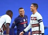 Hai nhà vô địch Pháp và Bồ Đào Nha chia điểm, Ý hòa nhạt