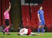 Địa chấn ở Nations League và số phận trái ngược của hai sao MU
