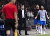 Ronaldo bị chỉ trích lạm quyền ở MU, Solskjaer nói gì?
