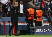 Man City thua PSG, Pep Guardiola vẫn ăn ngon, uống rượu vang