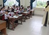 Trường chuẩn quốc gia không đủ học sinh